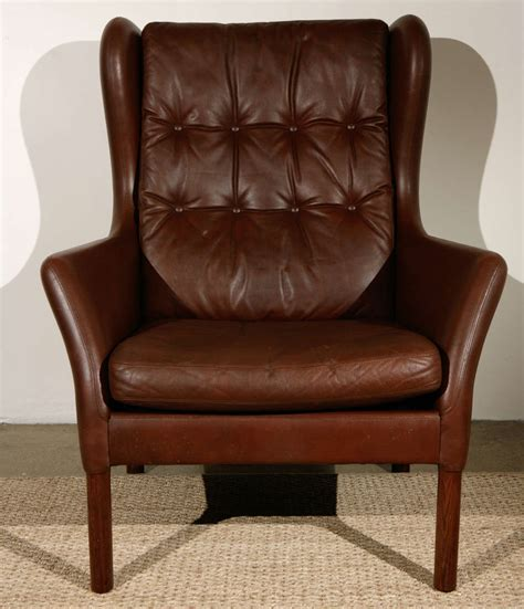 vintage wingback chair vintage leather wingback chair at 1stdibs