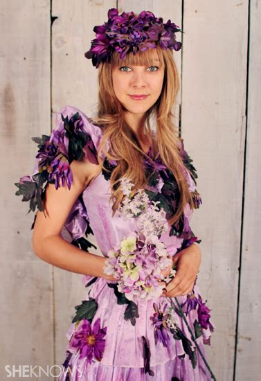 Fun And Creative Halloween Costume Ideas With Flowers Garden Costume Ideas