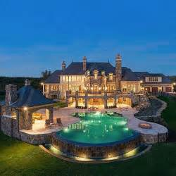 mansions homes 25 best ideas about mansions on pinterest luxury com