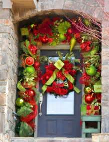 22 incredible christmas door decorating ideas christmas