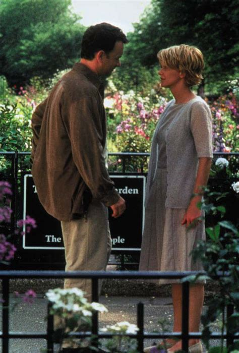 youve got mail wardrobe fashion movies movie fashion tom hanks and meg ryan in