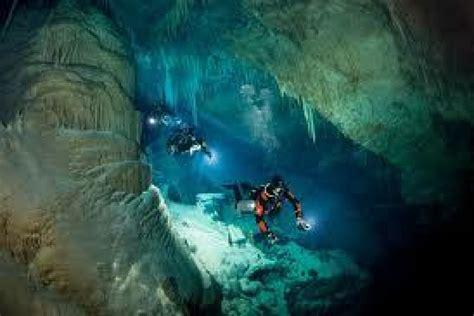 cave diving wallpaper wall pressss