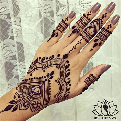henna tattoo nightmare for british holidaymaker in morocco collection of 25 black henna design