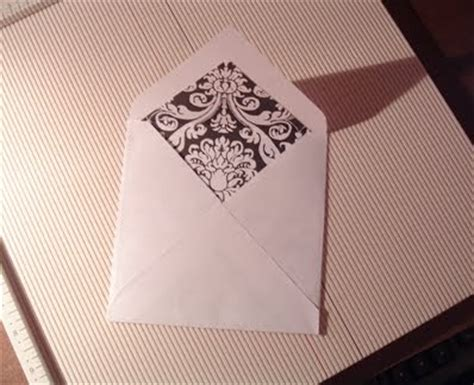 How To Make An Envelope Out Of Lined Paper - cricut cardiologist how to make a lined envelope for a