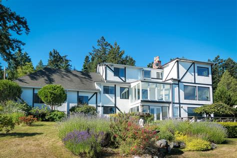 1450 lands end road oceanfront family home in a lovely