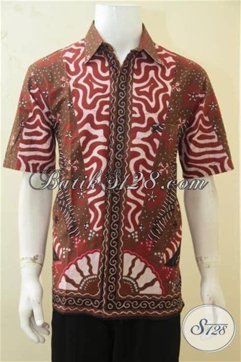 Kemeja Batik Lengan Panjang Motif Mojang Coklat Bata baju batik pria warna coklat bata dengan aneka motif