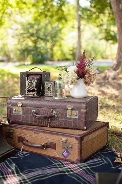 Vintage Themed Decor by 17 Best Ideas About Retro Wedding Decor On