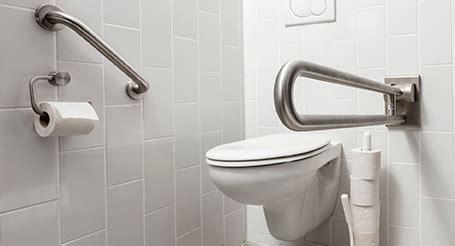 toilet accessoires set gamma aanpassingen in badkamer of toilet gamma