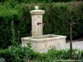 Garten Brunnen Stein Ideen Stilista 174 Steinoptik Gartenbrunnen Modell Metis 58 X 58 X