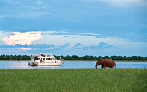 house boats zambia kariba fever houseboat package getaway magazine