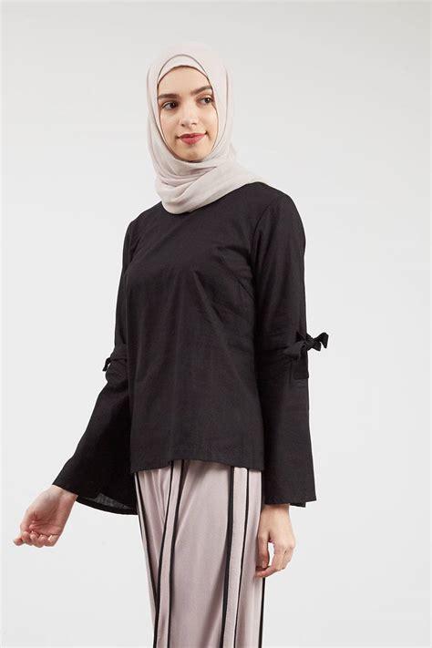 Atasan Wanita Kemeja Vira sell vira neck tie top black tops hijabenka