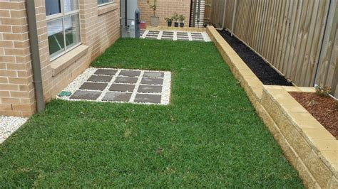 Landscape Edging Blocks Systems And Methods How To Install Garden Edging