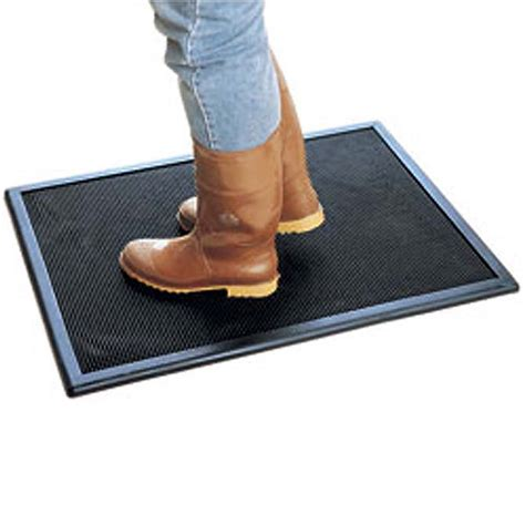 Disinfectant Mats by Black Rubber Disinfectant Mat Hog Slat