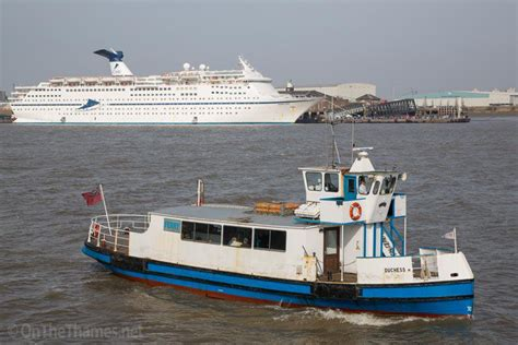 thames river cruise from tilbury tilbury river crossing out of action due to cruise ship