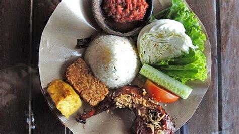 Surapati Original daftar rumah makan sunda di bandung travelog tempat mencari destinasi asyik