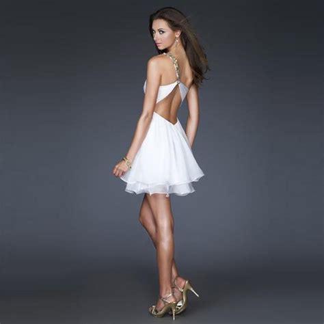 Backless Short Chiffon Wedding Dress ? Sexy!   A Trusted