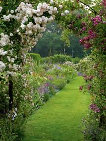 Beauty Garden Let S Walk Down The Garden Path Content In A Cottage