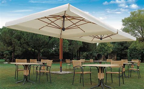 the wonderful advantages of an offset patio umbrella