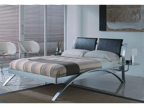 1 039 modern spain chrome king size platform bed