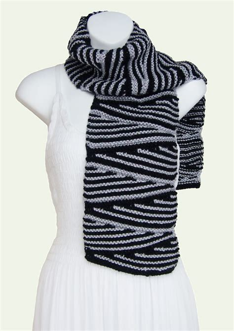 two color knit scarf sarongsetc knit wedges zig zag two color soft