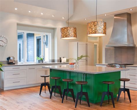green kitchen island kelly green interior decor and paints interiors by color