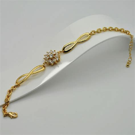 Gold Bracelets for Women   5 Recommended Luxurious Brands of Gold Bracelets