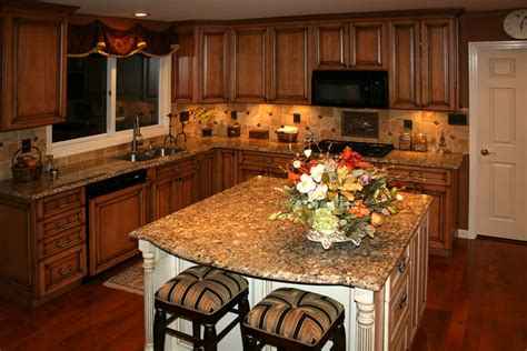 Glazed Maple Kitchen Cabinets How To Repaint Maple Kitchen Cabinets My Kitchen Interior Mykitcheninterior