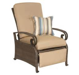 review lake como patio recliner by la z boy outdoor