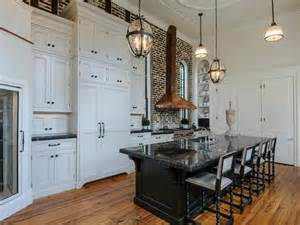 charleston kitchen cabinets charleston paint colors for kitchens pictures from hgtv hgtv