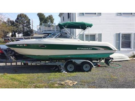 stingray boats for sale in maryland 2001 stingray cs 220 powerboat for sale in maryland