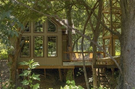 tree houses in texas for vacations gruene tx river road treehouse cabin cabins to visit pinterest