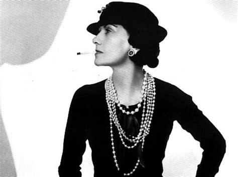 biography coco chanel wikipedia coco chanel was bisexual had nazi lovers bio ny daily news