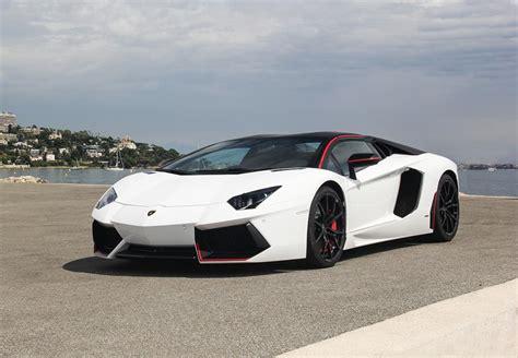 Location Lamborghini Aventador LP 700 4 Pirelli Edition Louer la Lamborghini Aventador LP 700