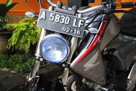 Ban Belakang Tubles Mega Pro New 10090 17 Merk Irc nmp 2011