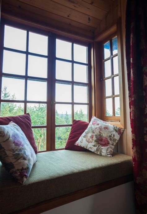 window reading nook bay window reading nook good homes pinterest