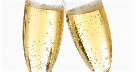 bicchieri di spumante bicchieri chagne curiosit 224 chagne