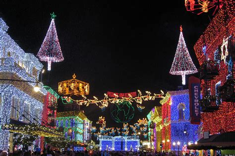 best la neighborhoods for holiday decorations photos