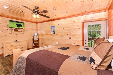 6 bedroom cabin pigeon forge tn pigeon forge cabin majestic lodge