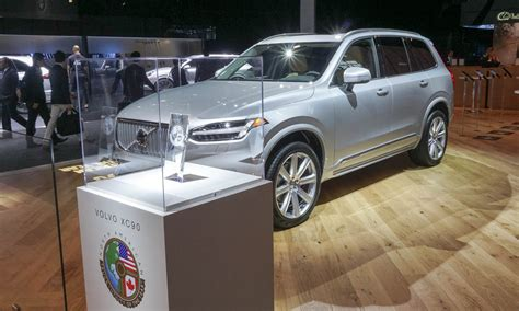 volvo truck of the year 2016 volvo xc90 wins 2016 north american truck of the year