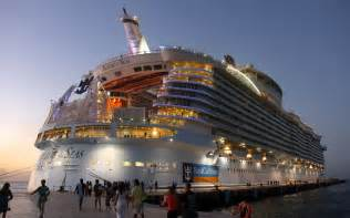Allure of the seas quot the world s largest cruise ship 242824