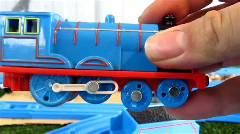 trackmaster edward  design unboxing review