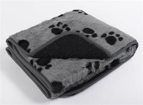 puppy blanket keep your pet toasty and warm your guide to luxury pet blankets
