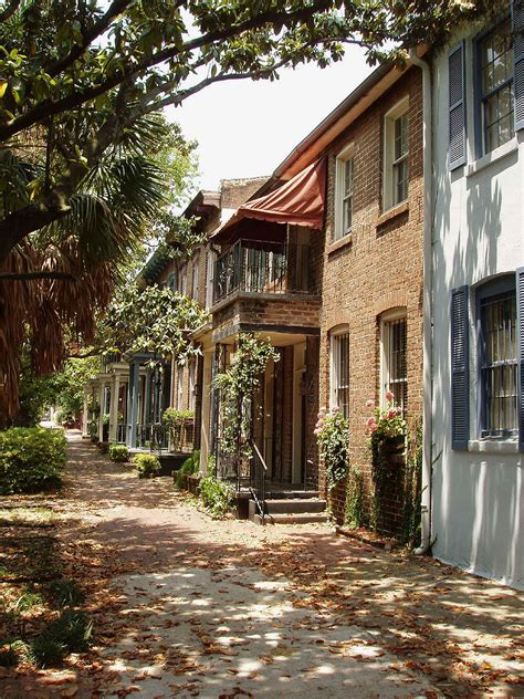 houses in savannah georgia savannah georgia homes southern charm pinterest