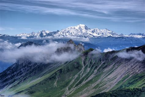 explore  fantastic mont blanc
