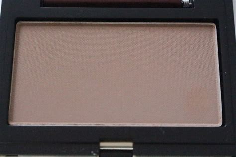 kevyn aucoin contour light kevyn aucoin sculpting powder light review swatch