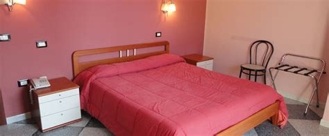 that provide room and board relaxing offer da marianna