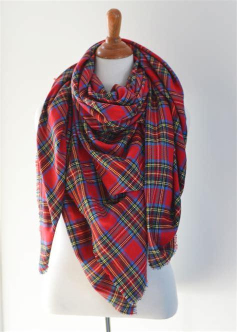 make an easy no sew diy plaid blanket scarf the diy