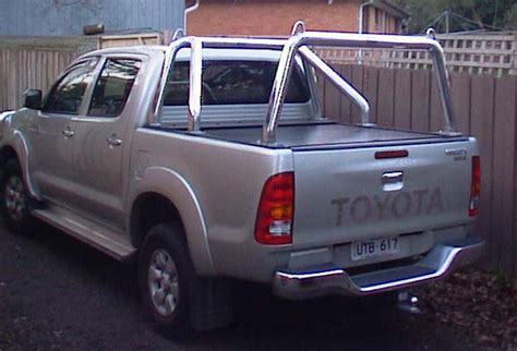Rool Bar Hilux Ranger Triton Cabin Single Cabin ozrax australia wide ute gear ute accessories ladder racks sports bars specialists