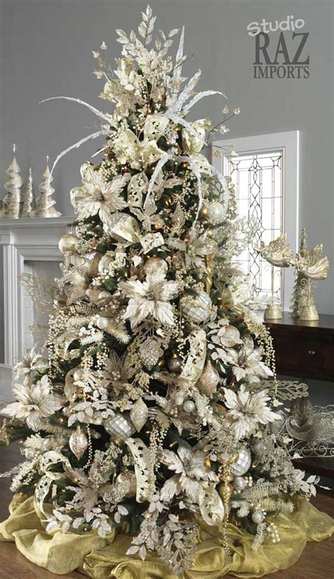 tree decorating ideas 25 creative and beautiful christmas tree decorating ideas