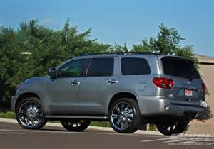 Toyota Sequoia Wheels 2010 Toyota Sequoia With 24 Quot 2crave N07 In Chrome Wheels